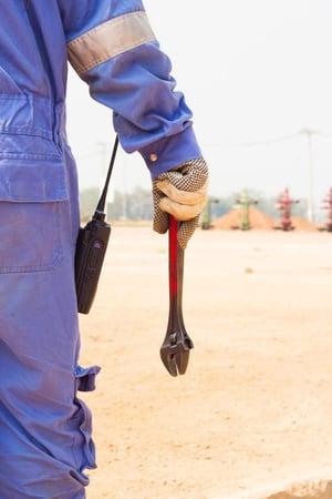 Worker waiting for spill response_mini.jpg